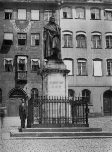 Abb. 4: Christian Daniel Rauch, Denkmal für Albrecht Dürer